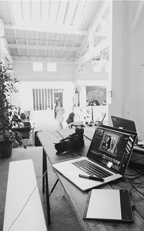 laptop black & white
